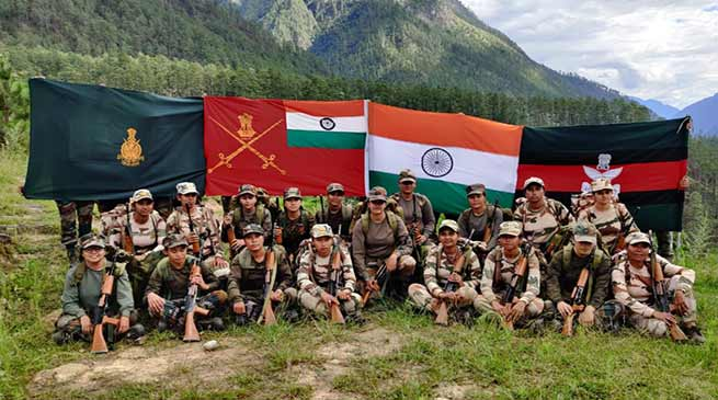 Women Team of Indian Army Conducts Adventure Patrolling in the Mighty Himalaya
